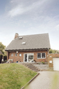 One-family house with garden and driveway - JOSF02531