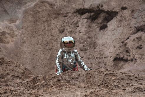 Spaceman exploring nameless planet - VPIF00438