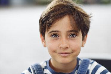 Portrait of smiling little girl - JSMF00407