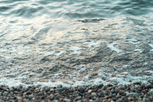 Spain, Catalonia, Costa Brava, stony beach, seafront - AFVF01372