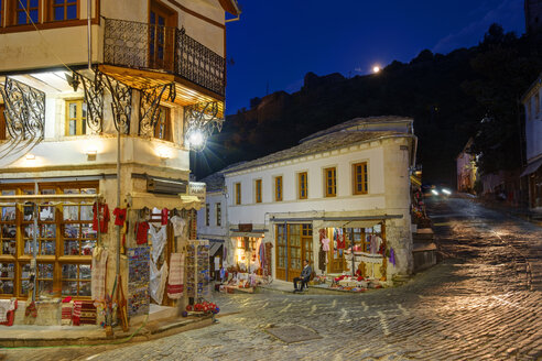 Albania, Gjirokaster, Qafa e Pazarit at night - SIE07841