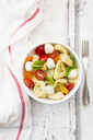 Tortellini salad with tomato, mozzarella and basil - LVF07396
