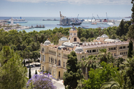 Spain, Andalusia, Malaga, townhall and harbour in the background - WIF03564