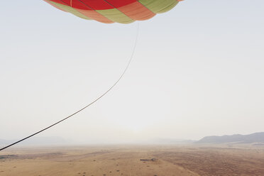 Morocco, view from air balloon at desert and Jbilet mountains - MMAF00497