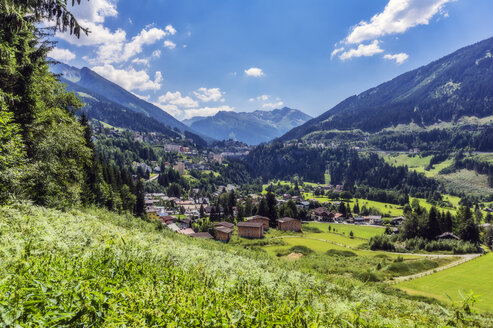 Austria, Salzburg State, View from hiking trail between Bad Hofgastein and Bad Gastein - THAF02253