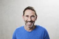 Portrait of smiling mature man - FMKF05197