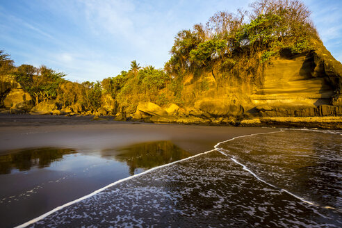West coastline of island. Balian beach, Bali Indonesia. - AURF01738