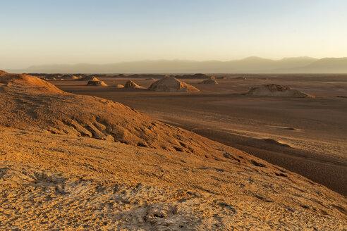Iran, Kerman Province, Dasht-e Lut Desert, Khalouts - FPF00193