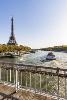 France, Paris, tourboat on Seine river, Eiffel Tower - WDF04798