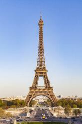 France, Paris, Eiffel Tower, Pont d'lena, Place de Varsovie - WDF04801