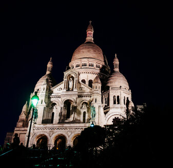 France, Paris, Montmartre, Sacre Coeur by night - DASF00076