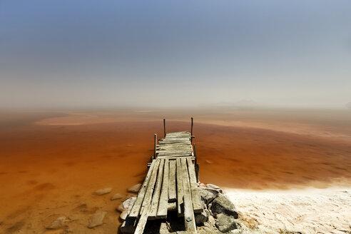Iran, West Azerbaijan, Urmia, Urmia Salt Lake, wooden pier - FPF00213