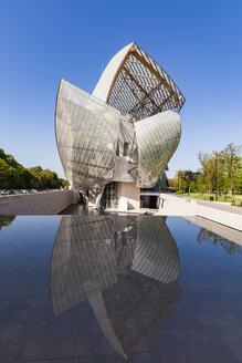 France, Paris, Bois de Boulogne, Fondation Louis Vuitton, Art Museum, Architect Frank Gehry - WD04818