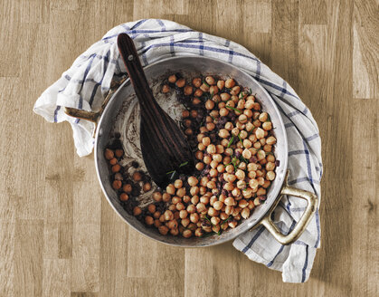 Cooking pot of chickpeas and beans with rosemary - RAMAF00102