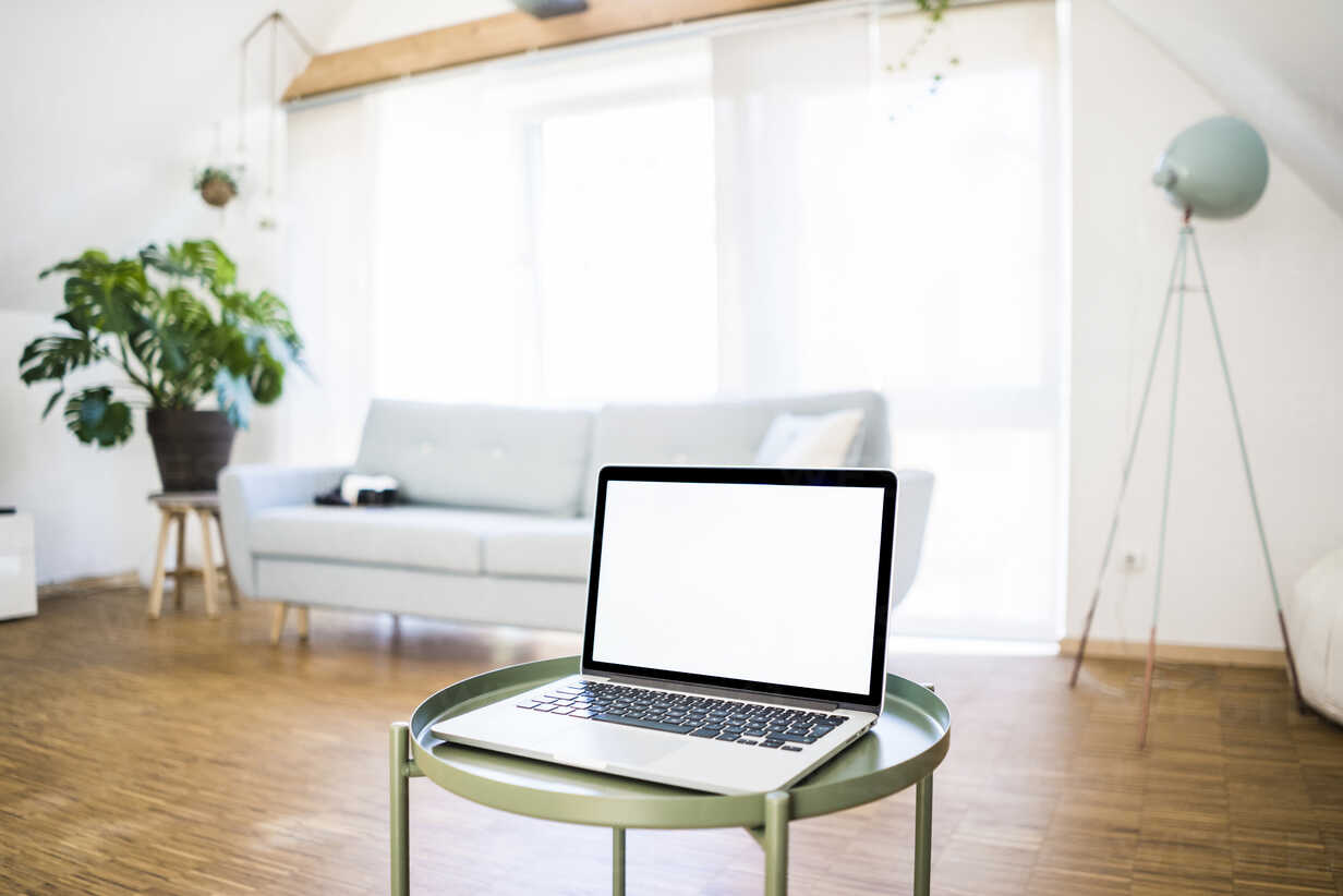 Laptop on table at home - JOSF02590 - Joseffson/Westend61