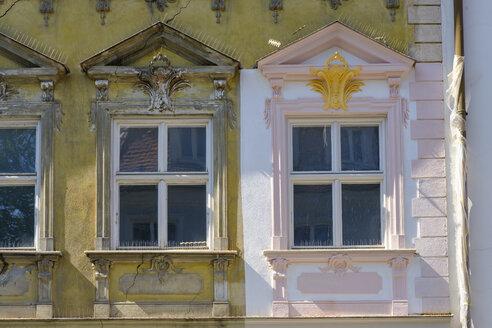 Germany, Augsburg, Lechviertel, Gignoux House, renovated fassade - SIEF07997
