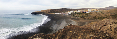 Spain, Canaray Islands, Fuerteventura, Ajuy, coastal landscape - WWF04409