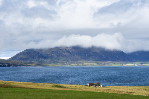 Great Britain, Scotland, Orkney, Mainland, View over Hoy Sound to Ward Hill with clouds - ELF01916
