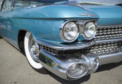 Detail of oldtimer, turquoise Cadillac - RJF00804