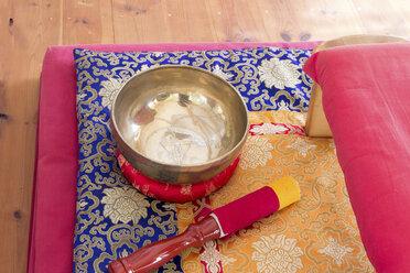 Singing bowl in meditation room - CMF00842