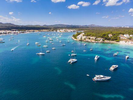 Spain, Mallorca, Portocolom, Punta de ses Crestes, Bay of Portocolom - AMF05906