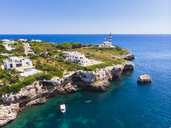 Spain, Mallorca, Portocolom, Punta de ses Crestes, Bay of Portocolom, Lighthouse - AMF05909
