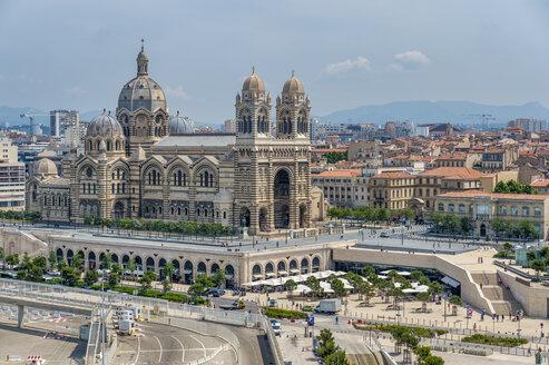 France, Provence-Alpes-Cote d'Azur, Marseille, Cathedrale La Major and Place de la Major - FRF00743