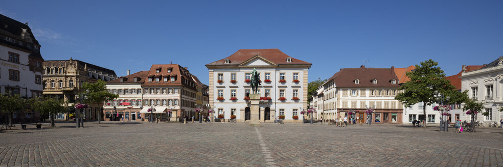 Germany, Rhineland-Palatinate, Landau, Townhall square, New townhall - WIF03615