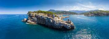 Spain, Balearic Islands, Mallorca, Serra de Tramuntana, Port de Soller, panoramic view - AMF05955