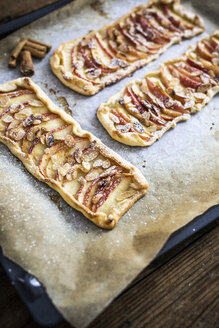 Home-baked Apple Pie on baking tray - GIOF04495