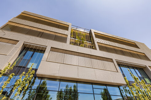 Germany, Karlsruhe, Office building with passive house standard at Kreativpark - WDF04840