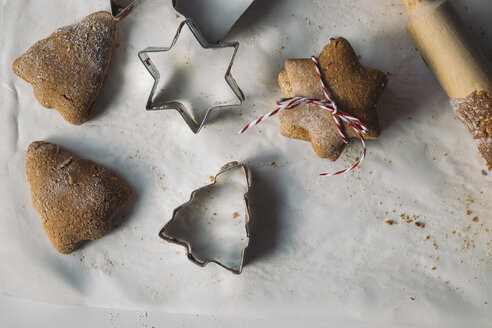 Christmas Cookies and cookie cutters - MOMF00495