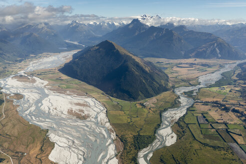 New Zealand, South Island, Otago, Wanaka, Aerial view of Matukituki river - MKFF00418