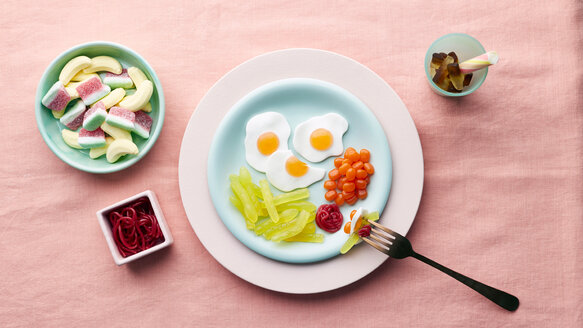 Play meal made of sweets - CUF44797