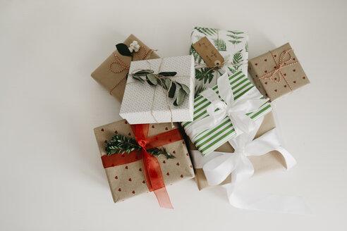 Presents - LHPF00122