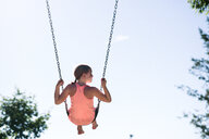 Girl on swing - CUF46311