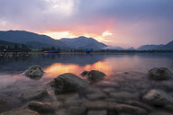 Austria, Salzkammergut, Mondsee at sunset - HAMF00427
