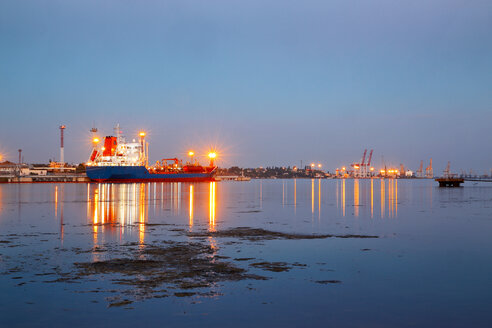 Tanker in the port. Harbor at night - INGF02229