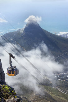 Africa, South Africa, Cape Town, Cable car to Table Mountain, Lion's Head in the background - WE00460