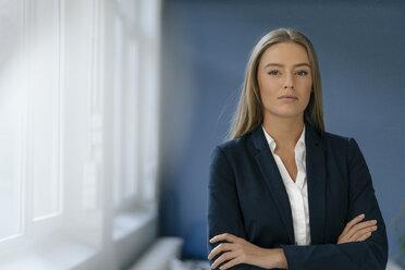Portrait of young businesswoman - KNSF05034