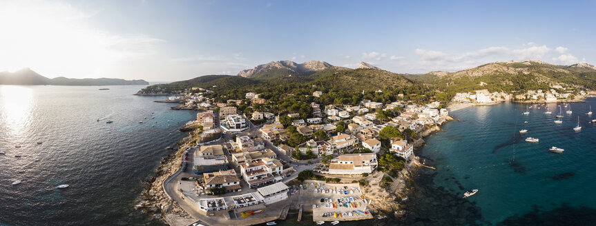 Spain, Balearic Islands, Mallorca, Aerial view of Bay of Sant Elm - AMF06112