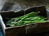 Fresh asparagus - CUF46387