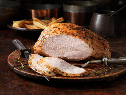 Christmas easy carve turkey breast - CUF46405