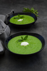 Two bowls of pea mint soup - LVF07510