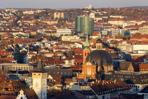 Germany, Bavaria, Wuerzburg, Townhall in front left, Ghotel Hotel, Neumuenster Collegiate church - ND00832