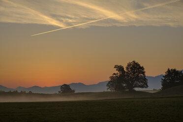Germany, Pfaffenwinkel, view of landscape at sunrise - LBF02153