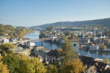 Switzerland, Canton of Schaffhausen, Schaffhausen, View of old town and Rhine river - ELF01930