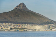 South Africa, Cape Town, city view with Lion's Head - RUNF00178