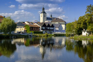 Germany, Lower Bavaria, Regen, cityview and Regen river, St Michael's Church - LBF02178