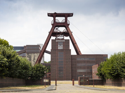 Germany, Essen, view to Zollverein Coal Mine Industrial Complex - WIF03662